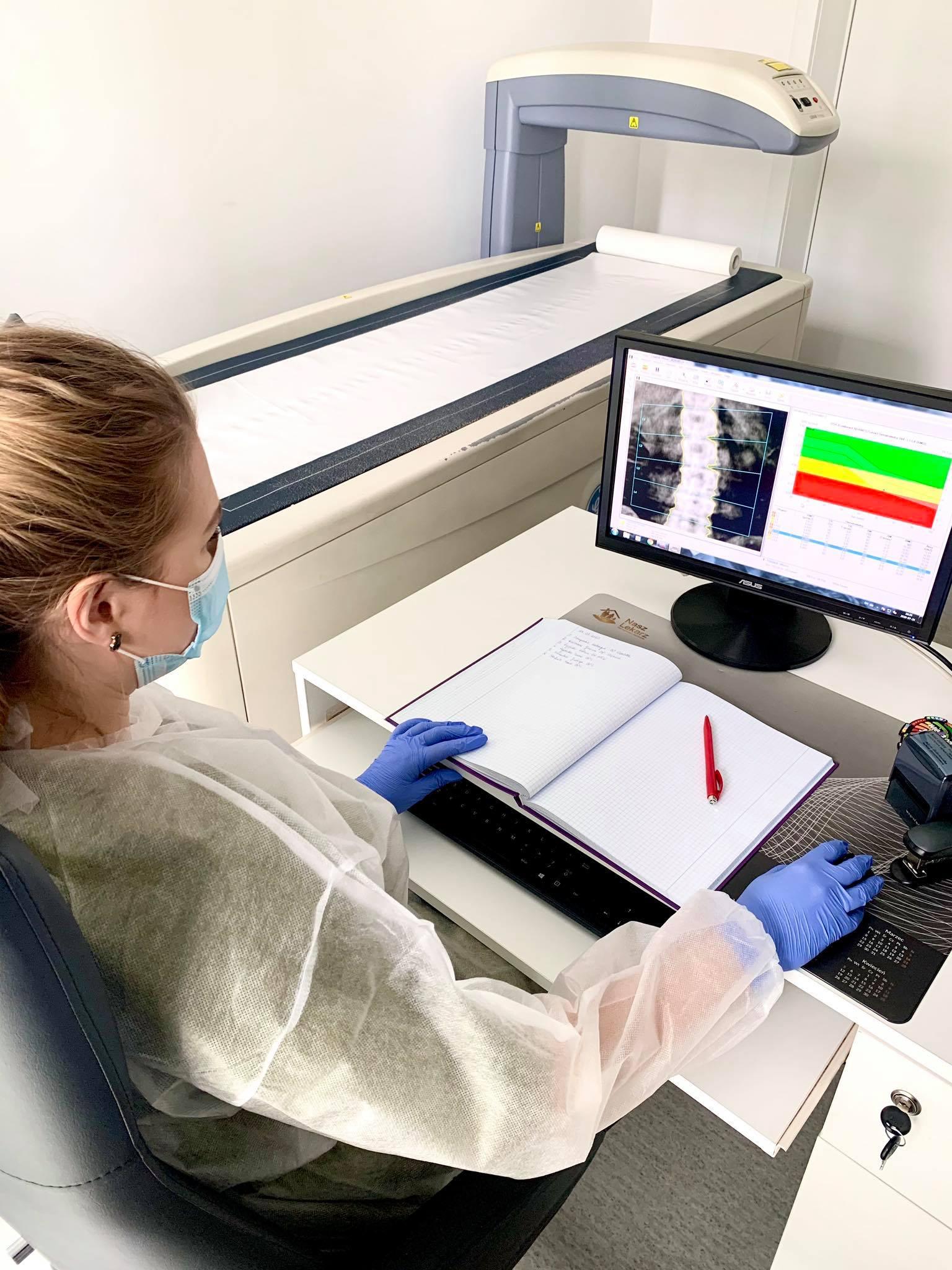 Badanie densytometryczne, czyli badanie gęstości kości - na czym polega?
